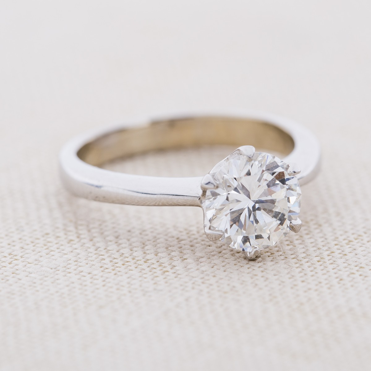 Vintage 18k Gold and Round Diamond Engagement Ring