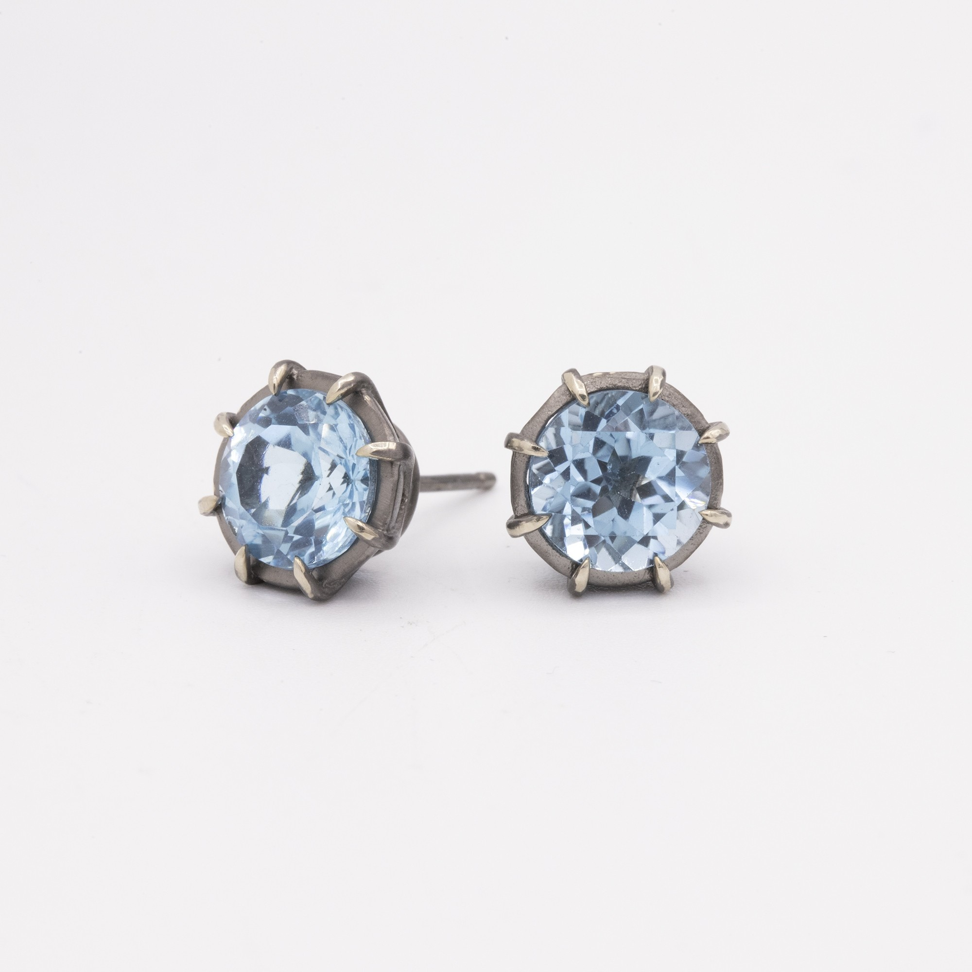 GEMMA COLLECTION BLUE TOPAZ PUSHBACK STUD EARRINGS
