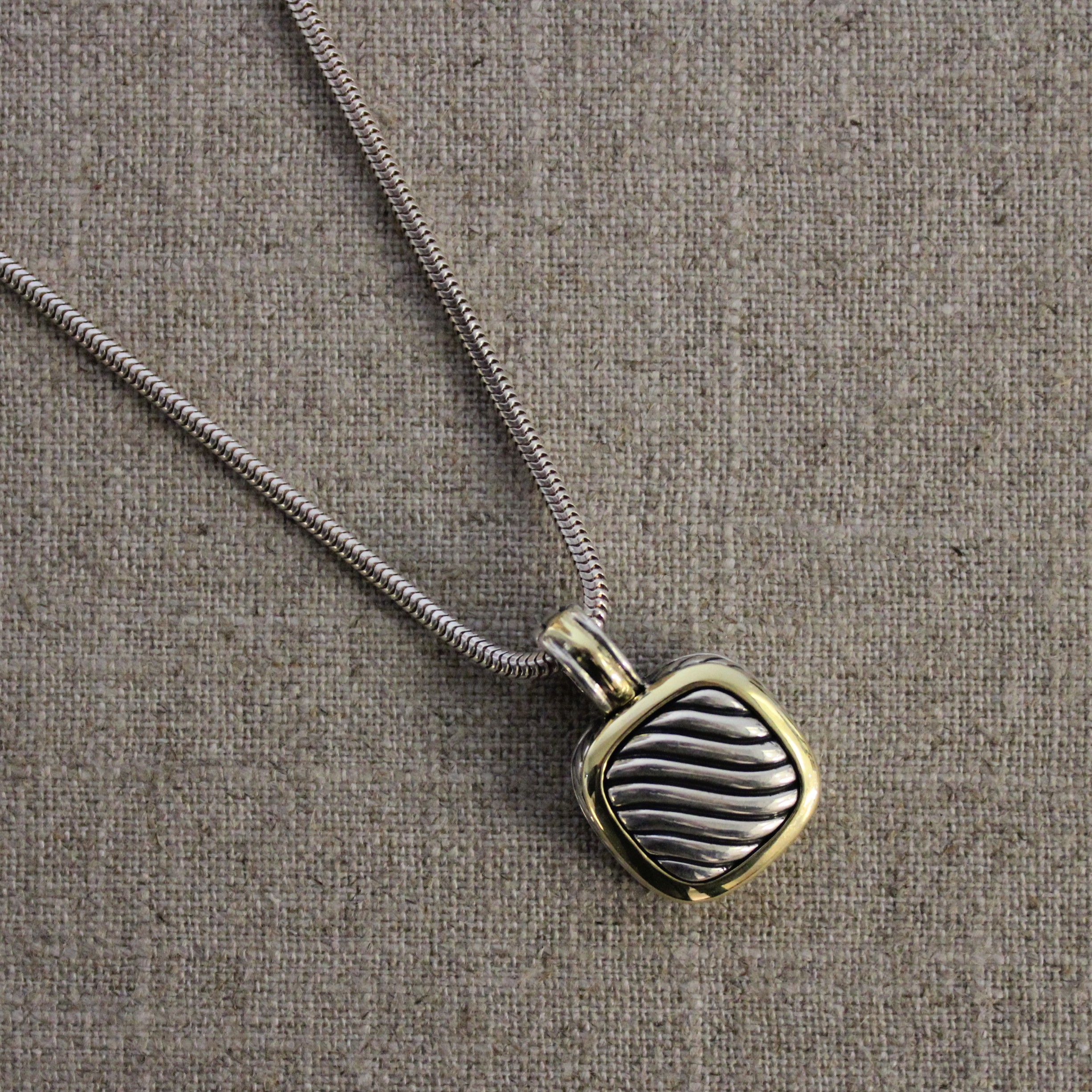 Vintage 18k Yellow Gold And Sterling Silver David Yurman Pendant