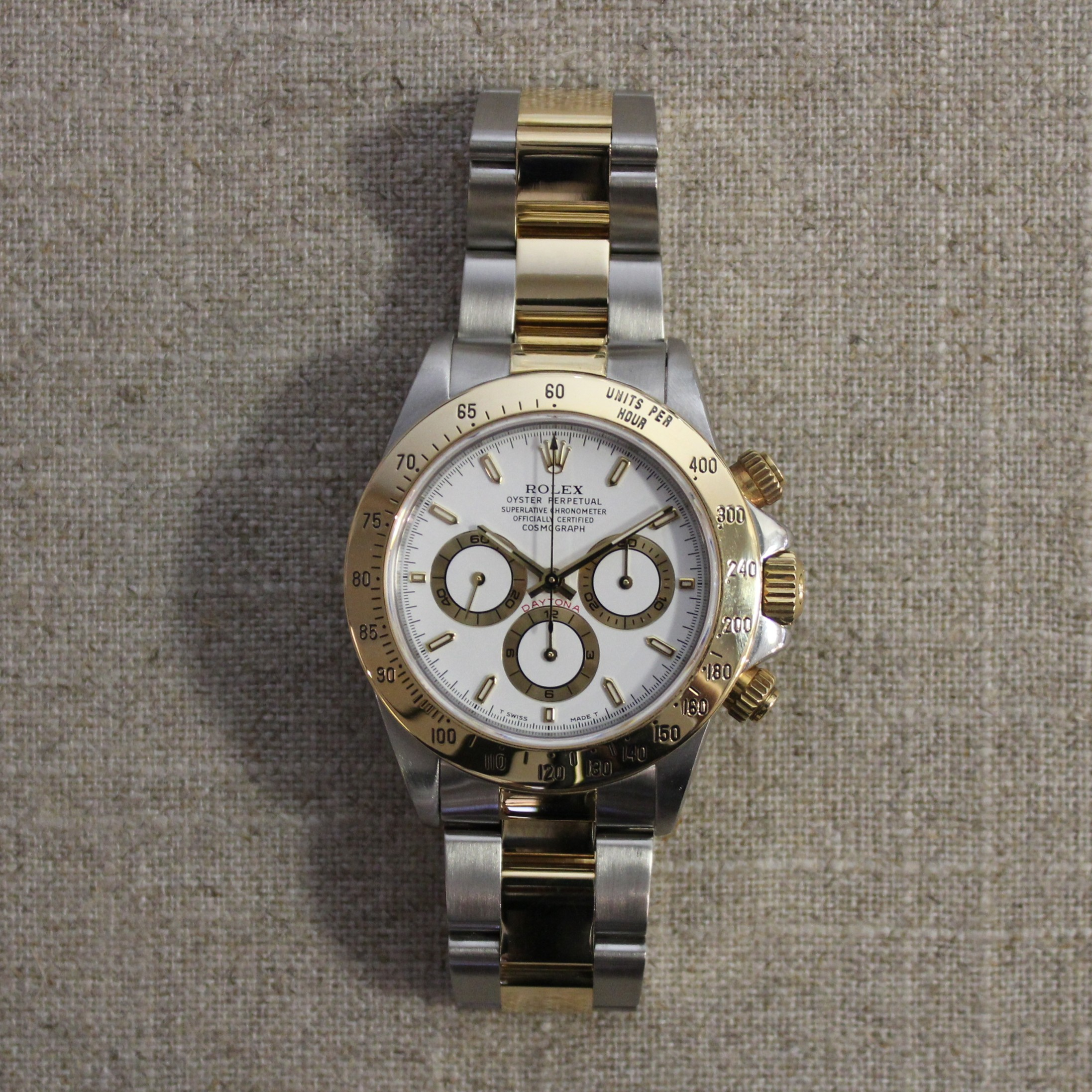 VINTAGE STAINLESS STEEL AND ROLEX DAYTONA 40MM